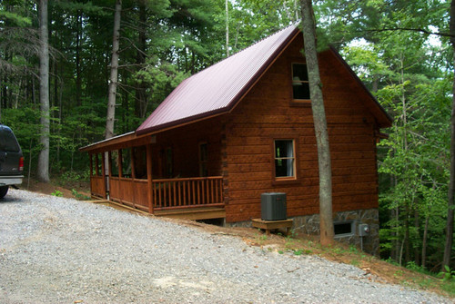 Log Cabin with 0.49 acres